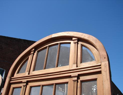 arched transom